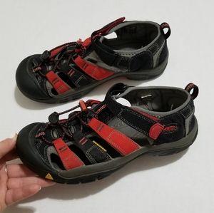 Keen 7.5 Newport H2 Waterproof Outdoor Sandals